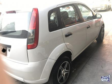Ford fiesta ambiente mp3 5p