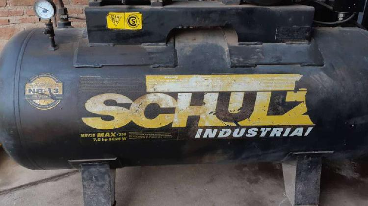 Compresor trifasico schulz 7.5 hp
