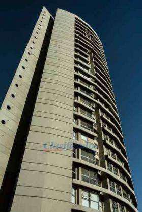 Dos dormitorios con balcón - cochera - edificio sonoma