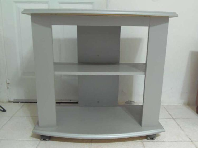 Mesa para tv usada