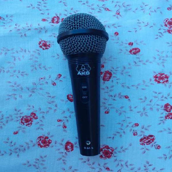 Micrófono Akg D65s. Cable Canon (xlr) Incluido. Funcionando