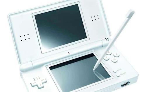 Nintendo ds lite con r4