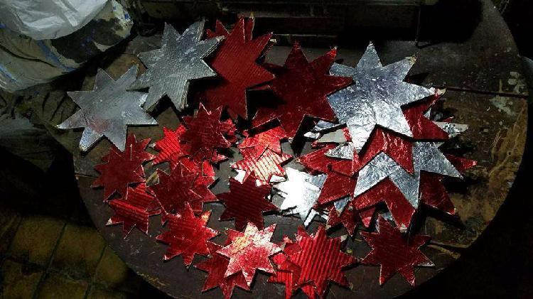 Estrellas de carton forradas,en dos medidas