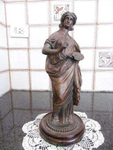 Antigua figura escultura bronce europeo. pintora. excelente