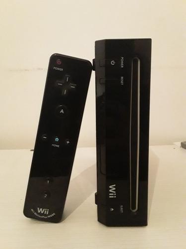 Nintendo wii +controles originales y 1 juego