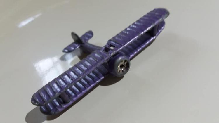 Avion vintage zee zylmex dyna-flites series spad violeta