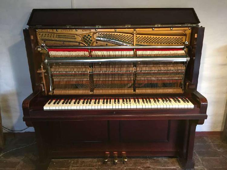 Piano vertical aleman ernest korner