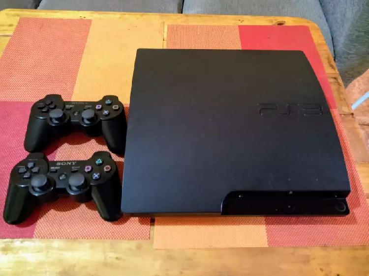 Sony ps3 slim 320gb con dos controles