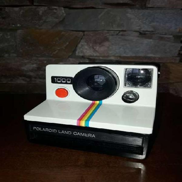 Vendo cámara de fotos polaroid land camera 1000 en caja