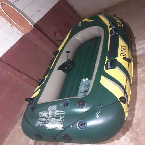 Vendo bote inflable para tres personas completo