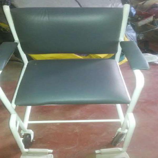 Venta de silla de ruedas.sin uso.la marca es atomo.
