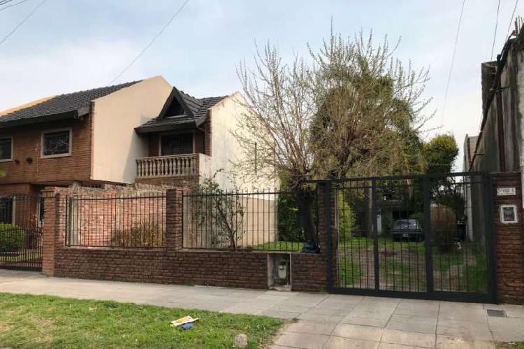 Casa en venta el palomar / moron (a001 3839)