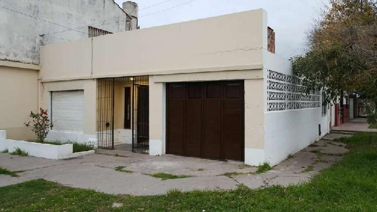 Ph 4 ambientes, garage, quincho. rosales y bestoso