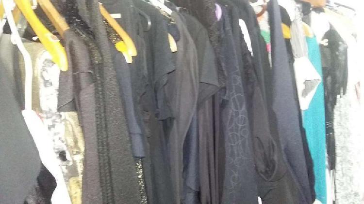 Vendo lote de ropa femenina nueva otoño invierno
