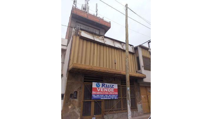 Ruiz inmobiliaria vende locales comercial en calle godoy