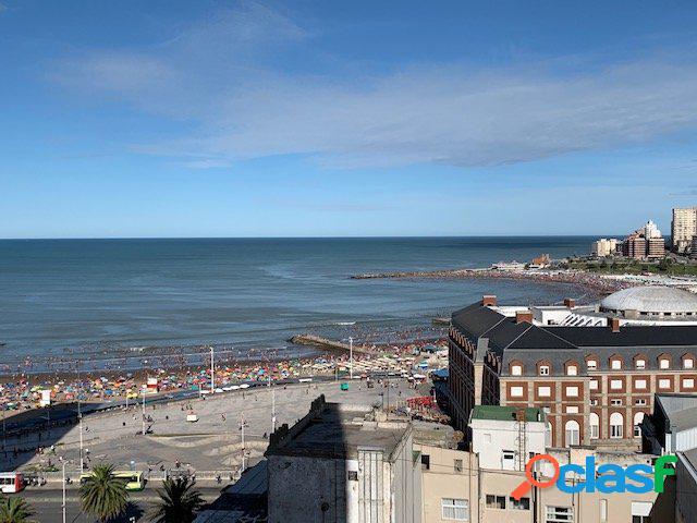 Entre rios 1800, 3 amb reciclado a nuevo c/vista panoramica a la ciudad y al mar!!
