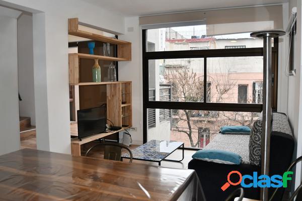 Excelente duplex amoblado impecable, cochera, parrilla, balcón, terraza.