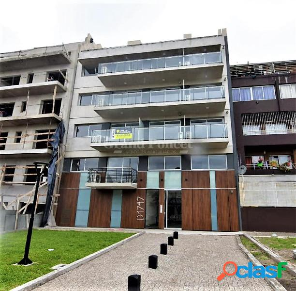 Departamento 2 ambientes y medio con balcon