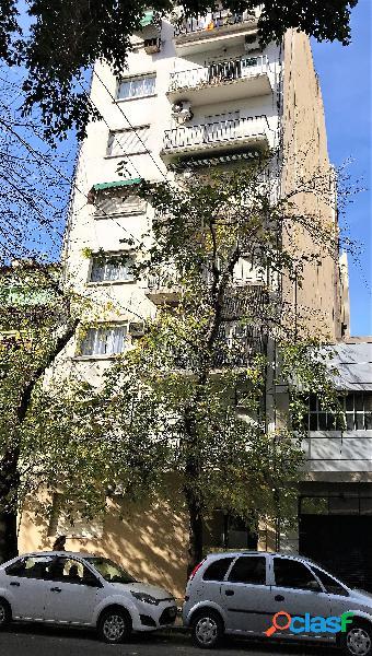 Departamento 3 ambiente con balcón