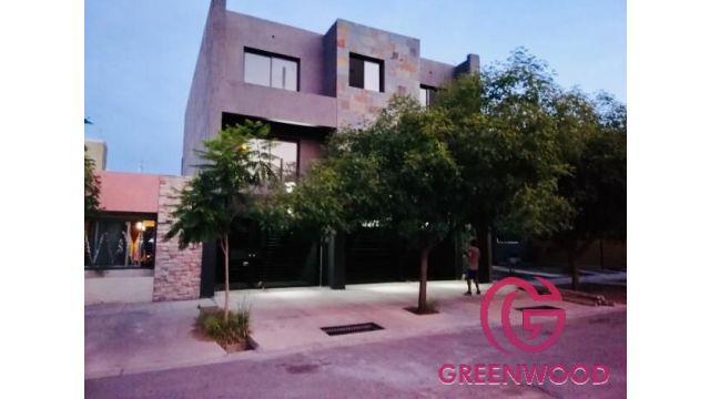 Greenwood vende maravilloso y moderno departemento en barrio