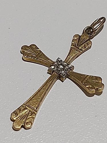 Cruz oro 18 kilates muy antigua con diamantito central