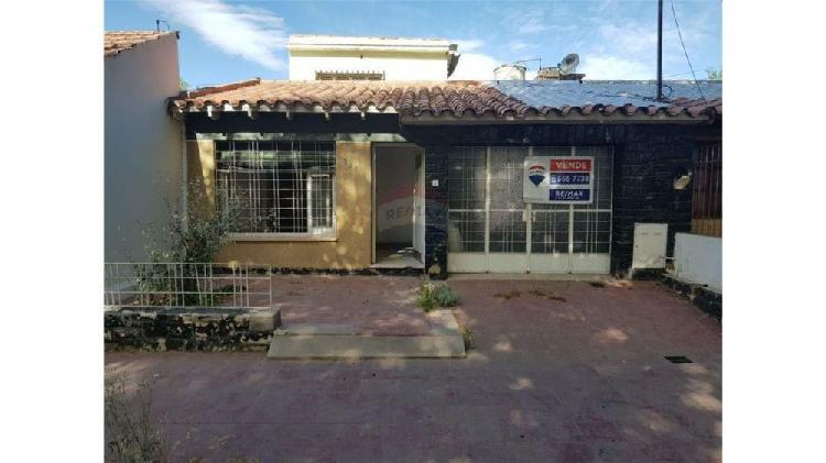 Casa en venta - zona barrio bancario