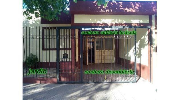Casa en venta – bºvandor - zona residencial de godoy cruz