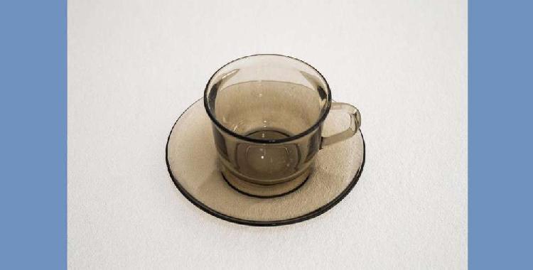 Juego de cafe de vidrio de 4 tazas y 4 platos