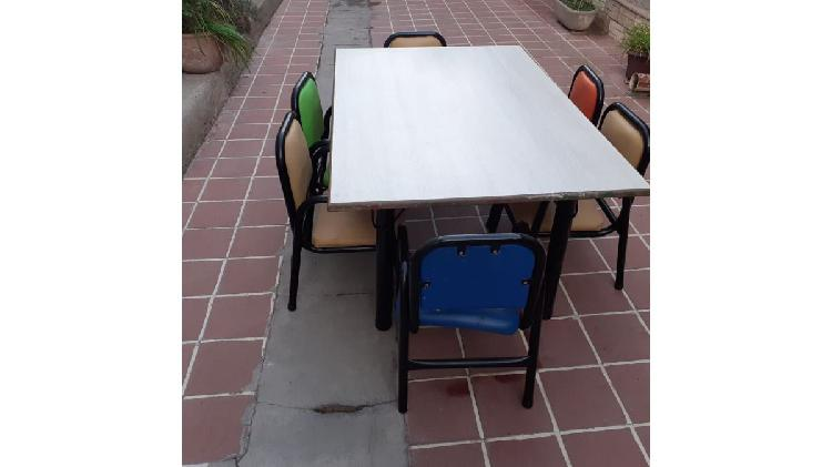 Mesas y sillas para jardin infantes