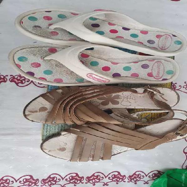 Ojotas y sandalias