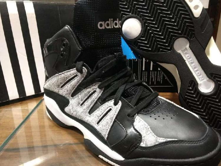 Zapatillas adidas basket cuero 11.5