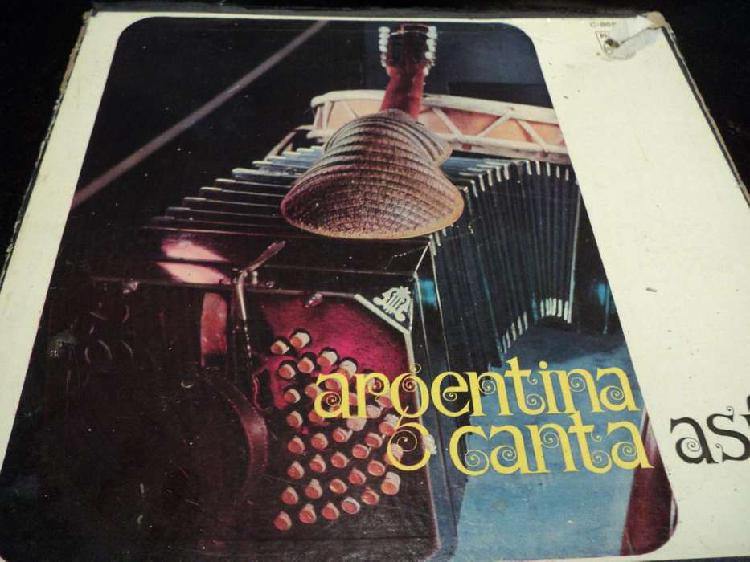 Mas de 50 discos de vinilo. excelente estado. con caja
