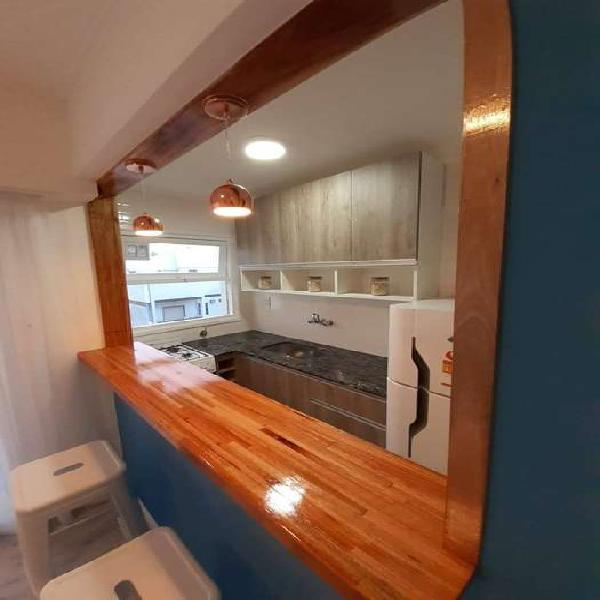 1 ambiente externo c/balcon