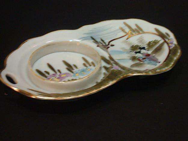 Antigua bandeja de porcelana china para taza de té