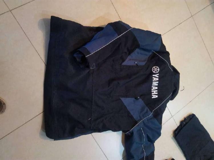 Equipo nuevo pantalon y campera yamaha especial para moto de
