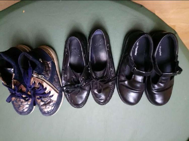 Lote 15 pares zapatos/zapatillas/botas talle 34/35/36/37