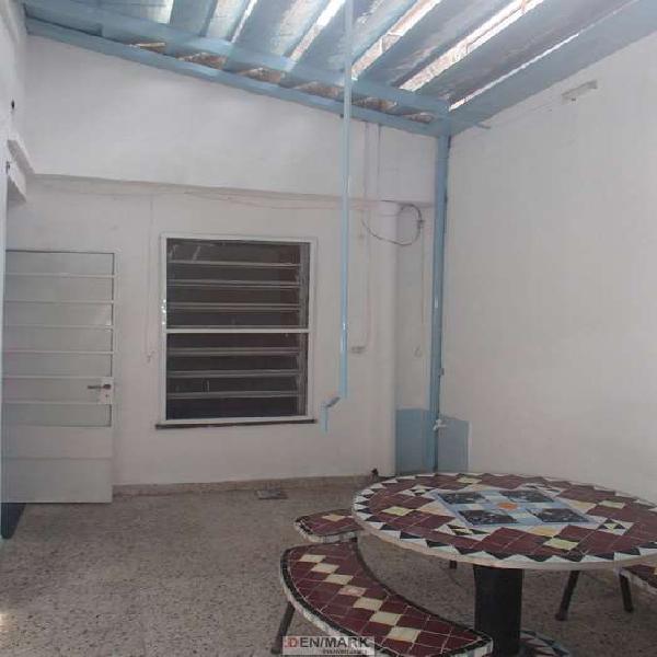 Venta casa interna unica 2 dorm . patio . terraza. quincho