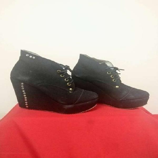 Zapatos mujer. lote 10 pares por $ 1500