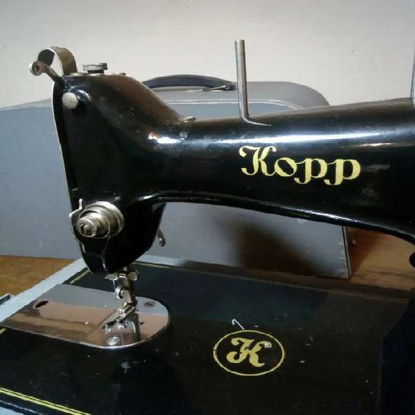 Maquina de coser antigua kopp, transformada a portatil y