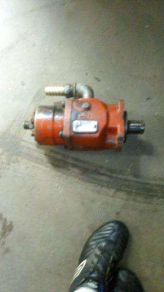 Bomba hidraulica a piston marca bezares