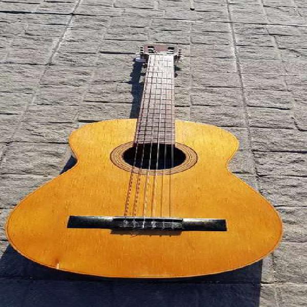 Guitarra antigua casa nuñez modelo a