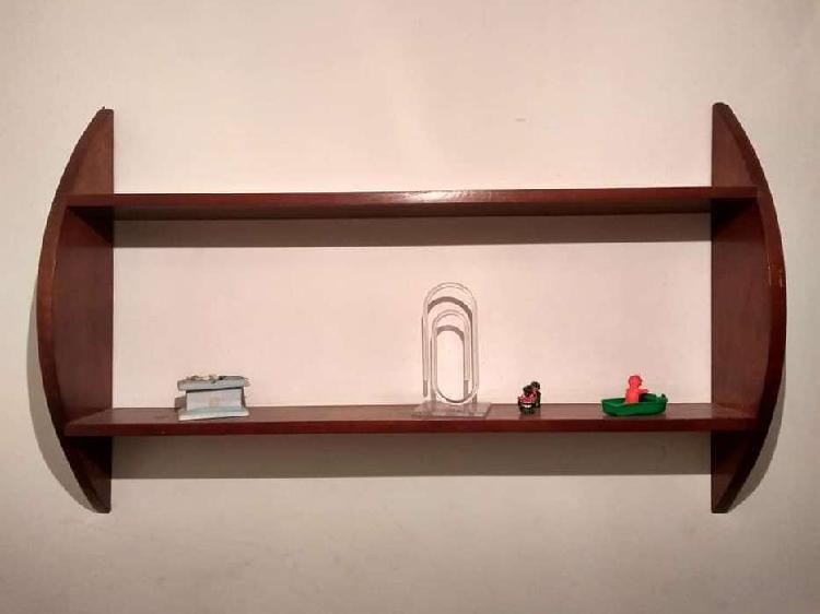 Repisa biblioteca de madera colgante rebajada