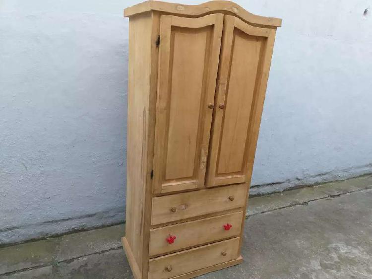 Roperito rustico madera gruesa 5000$ centro entregas