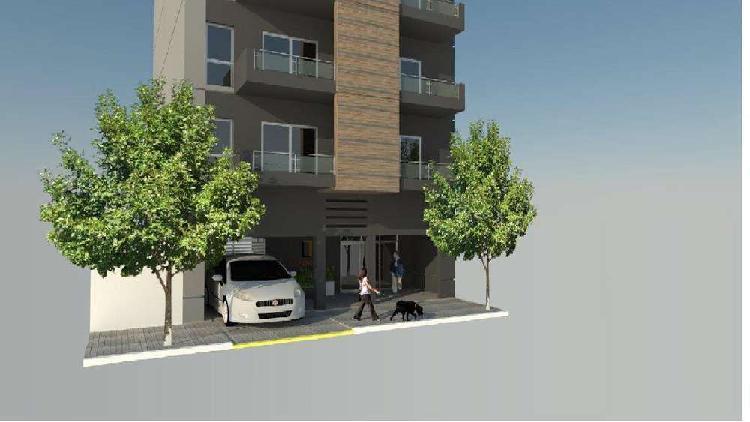 Departamentos semi piso 2 y 3 amb. plaza mitre.