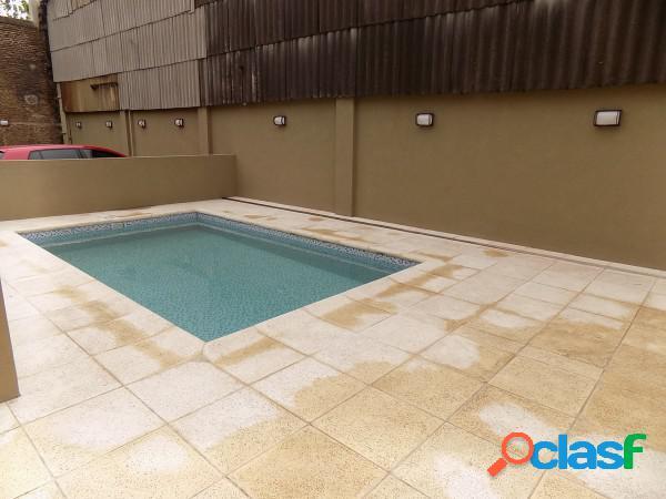 Ramos Mejía - Departamento de 2 Amb con cochera y terraza privada 1