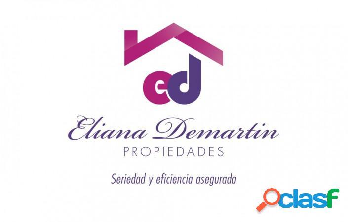 Casa para dos familias en venta en villa dominico, avellaneda. apta credito.