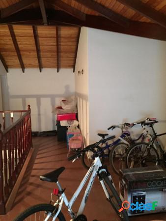 Casa quinta barrio el trebol - excelente propiedad - muy buena ubicación