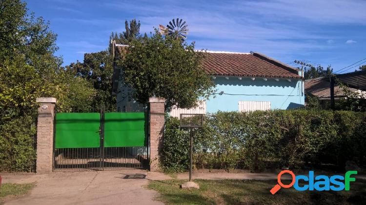 Casa quinta a metros de acceso oeste