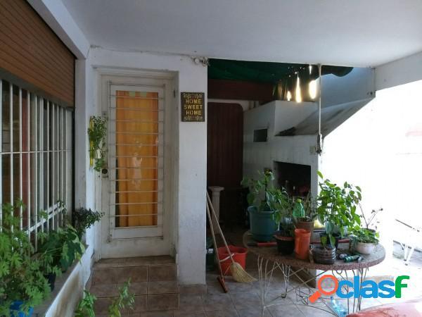 Apto crédito: imperdible propiedad ubicada en barrio josé muñoz, a metros del centro