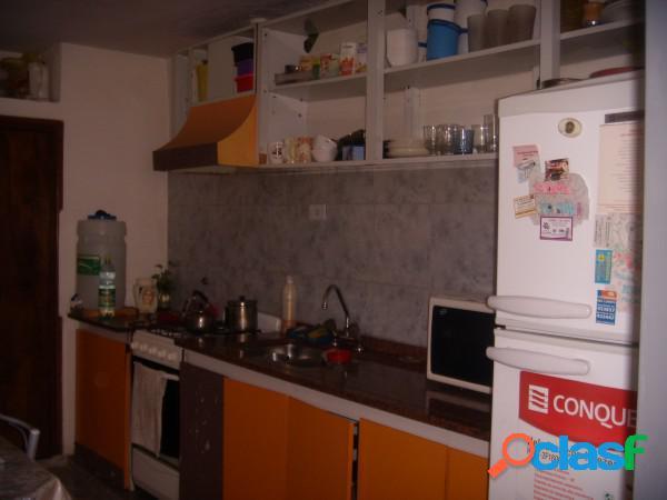 Ph de 2 dormitorios ubicado en barrio malvinas
